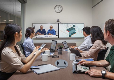 Konferenzraum Polycom Realpresence Group